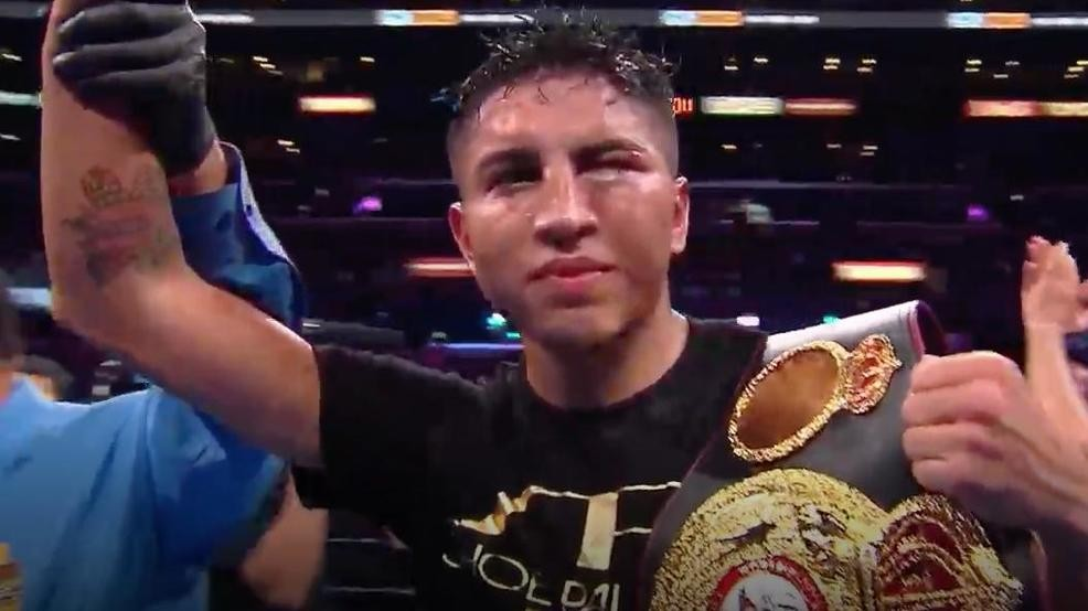 San Antonian Mario Barrios wins World Super Lightweight Title | WOAI