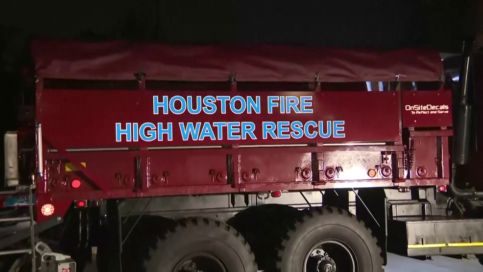 Houston Officials Urging Residents To Prepare For Storm Woai