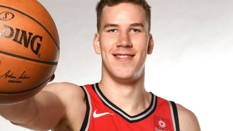 best service 774cf f7e98 Jakob Poeltl sees big opportunity to shine with Spurs, picks ...