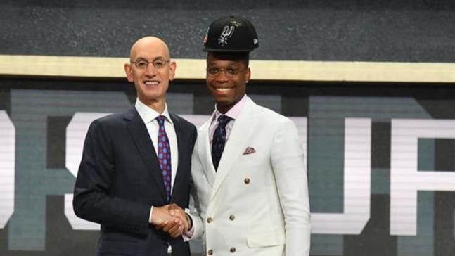 6d512fc2abe1 WATCH  Spurs  Lonnie Walker IV gets teased during 2018 NBA Awards ...