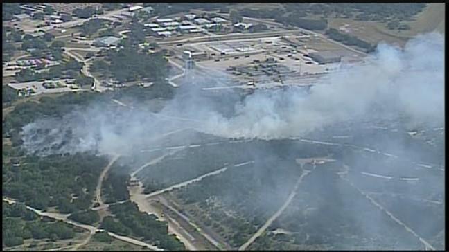 Brush fire burns more than 20 acres on Camp Bullis, hundreds