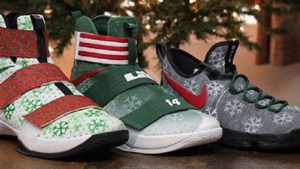 Christmas Sneakers.Look A Trio Of Spurs Got Customized Christmas Day Sneakers
