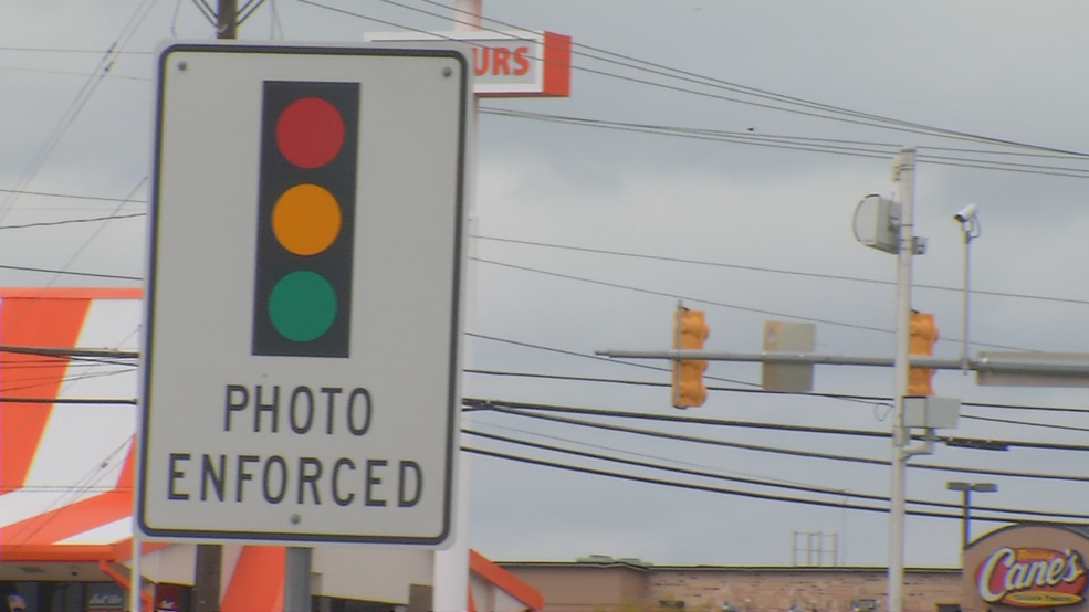 Red light cameras having effect on drivers in Leon Valley | WOAI